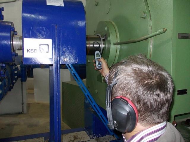 yuksek-gerilim-elektrik-motoru-rotor-shaft-mil-gerilim-olcumu